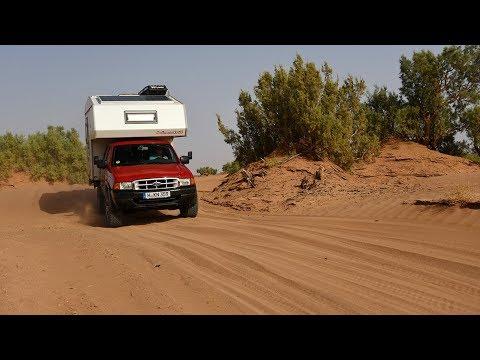 Off-Road durch die Sahara