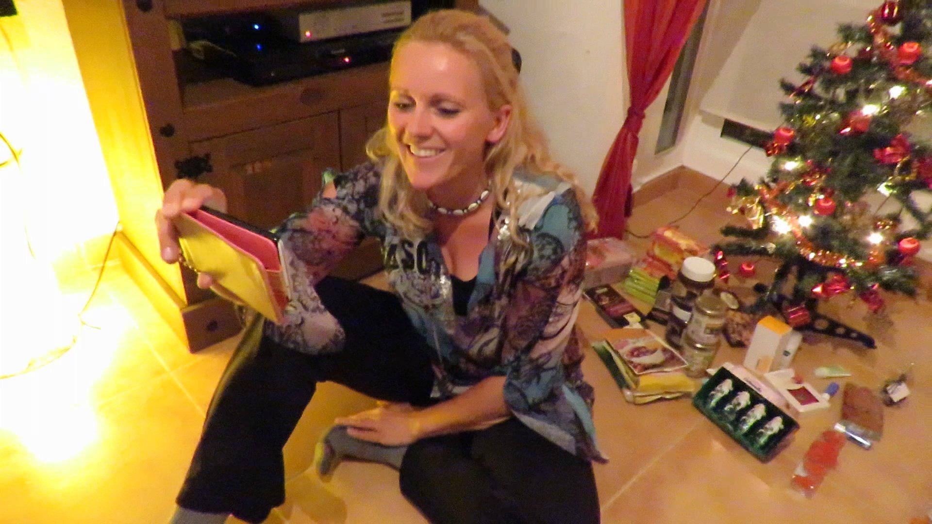Ganz lange mit der Familie Skypen und beim Geschenke auspacken zugucken